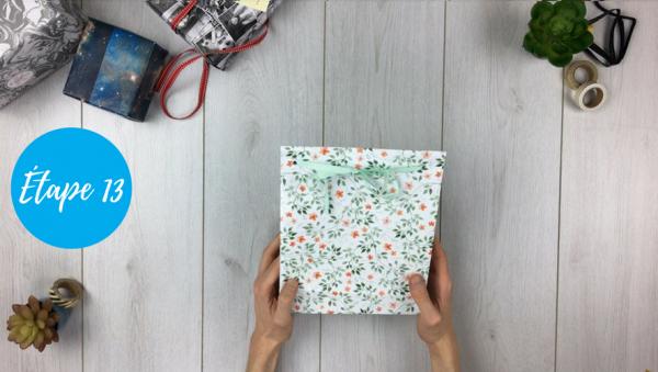 fabriquer pochette cadeau étape 13