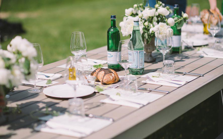 garden party tout pour une f te r ussie. Black Bedroom Furniture Sets. Home Design Ideas