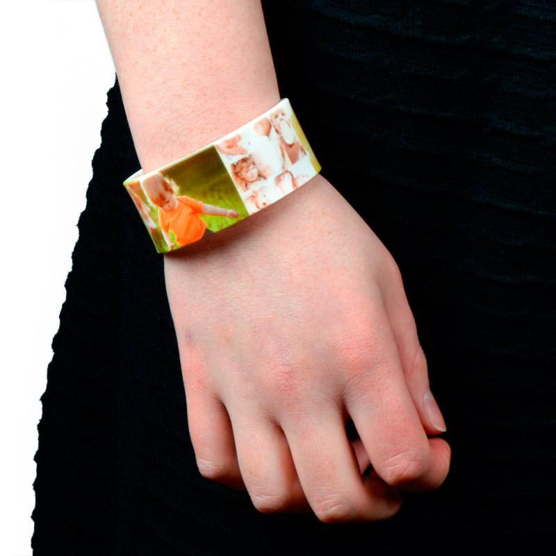 bracelet personnalisable avec photo id e cadeau photo. Black Bedroom Furniture Sets. Home Design Ideas